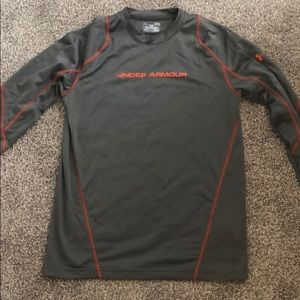 Men's Under Armour long Sleeve Athletic Top